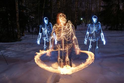 Skeleton-light-painting